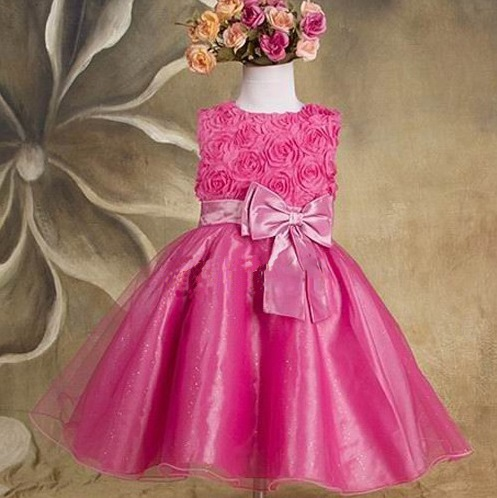7166aae08325 Spoločenské detské šaty 2 malinové