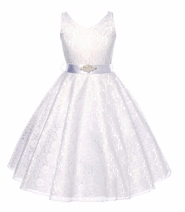 7a82eb634d34 Detské spoločenské čipkové šaty - biele